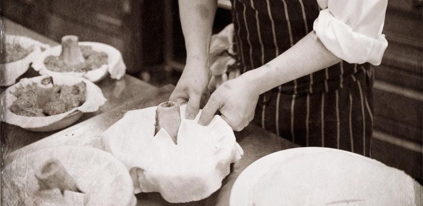 RP219-Fergus_Henderson-Kitchen-slider