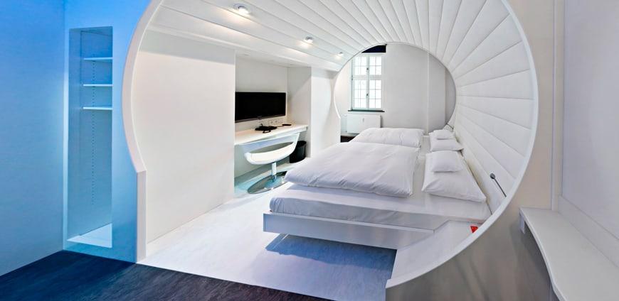 V8-hotel-zimmer-vision-slider