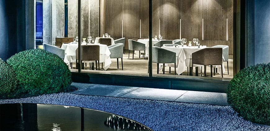 aqua-the-ritz-carlton-wolfsburg-credit-gary-schmid-1-slider