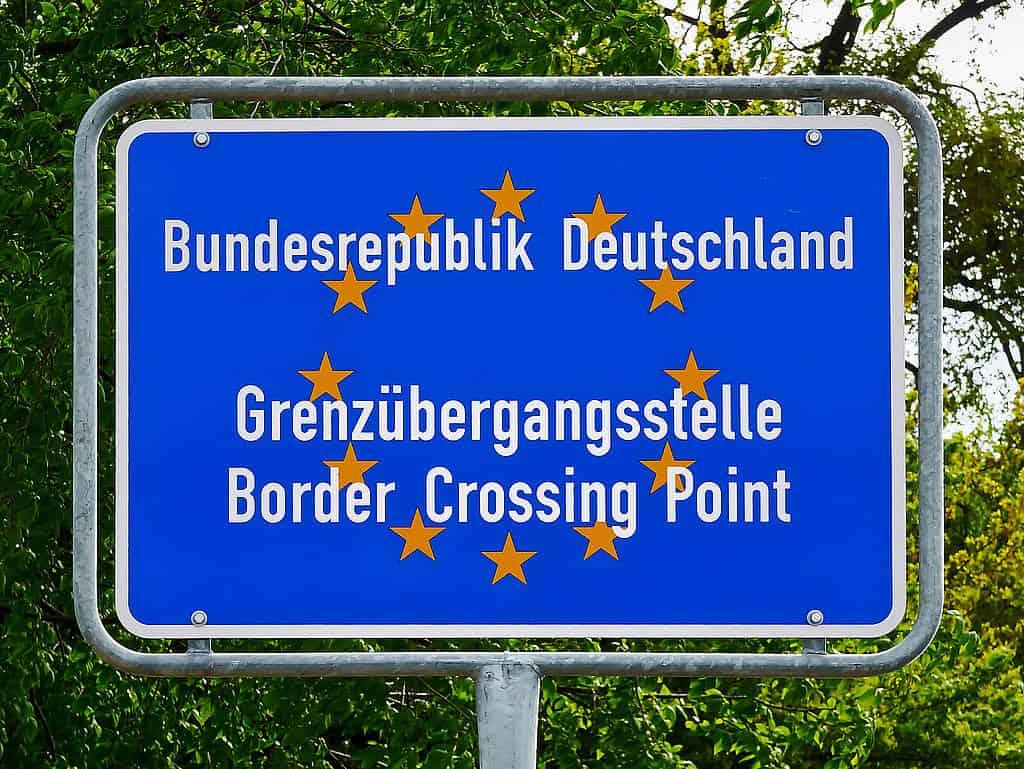 csm_Migrationspaket-Deutschland-Header_01b1fbfbae