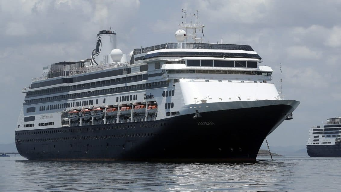 Kreuzfahrtschiff-Zaandam-Panamakanal-1132x637
