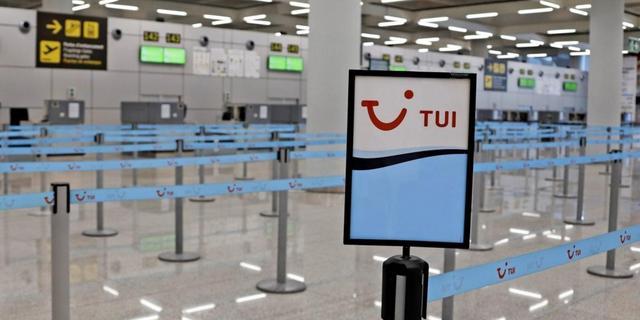 Tui-setzt-Grossteil-des-Reisebetriebs-aus-und-will-Staatsgarantien_mobile_default_2_1@2x