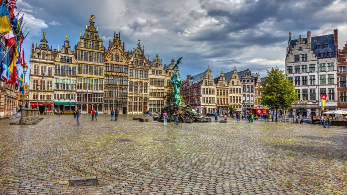 antwerpen-belgien-1132x637