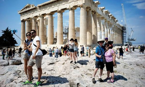Griechenland Corona Hotels Kredithilfe Rolling Pin