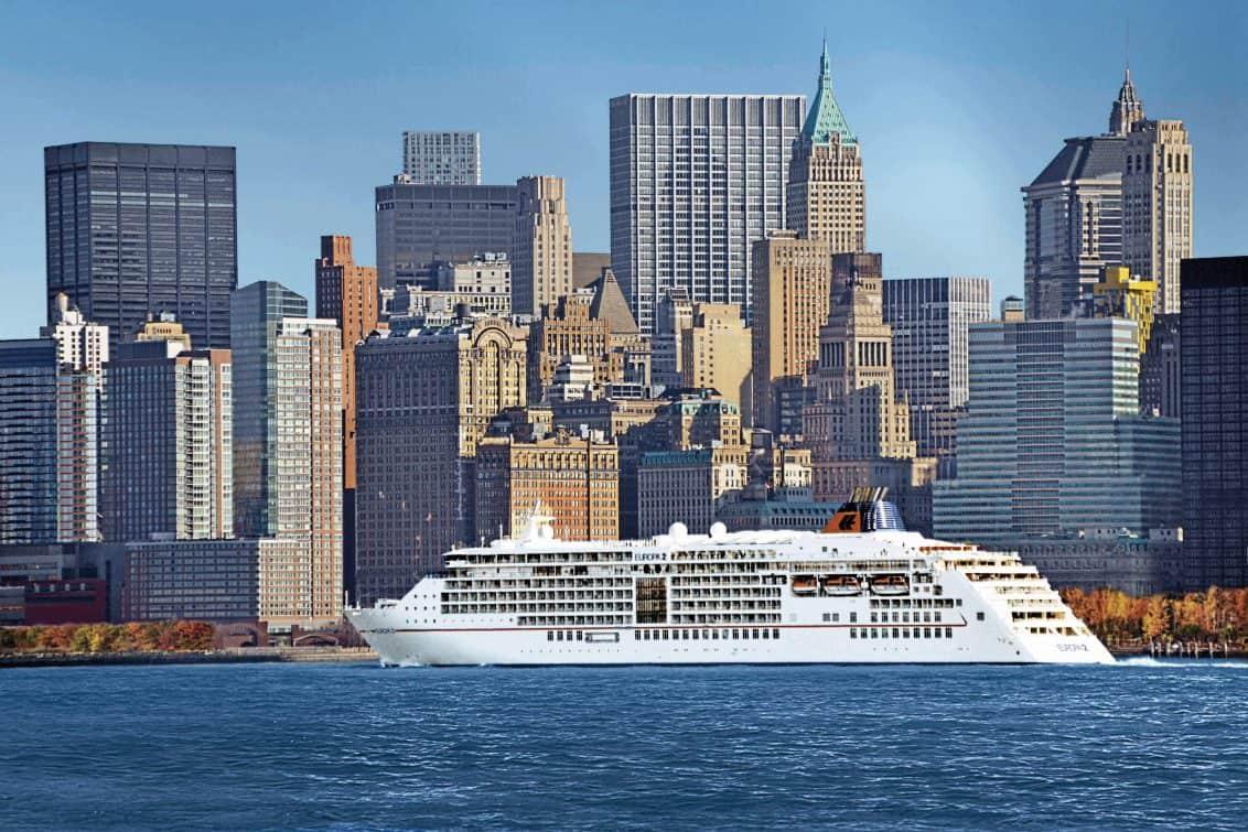 ms-europa-2-new-york-skyline-1132x755