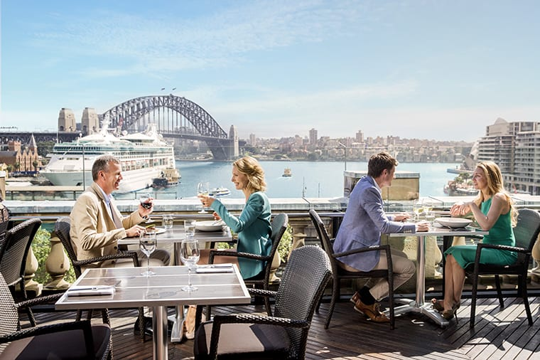 Cafe-Sydney-on-the-rooftop-of-Customs-House
