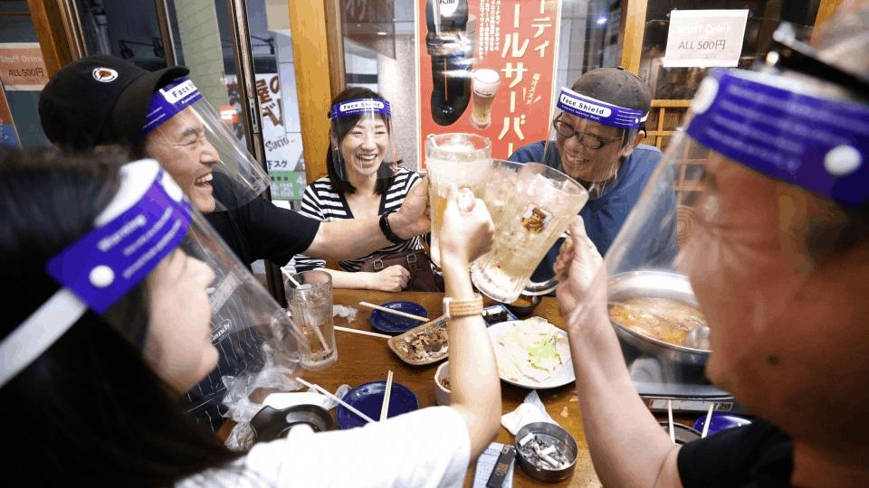 Japanische-Bar-Osaka-Schutzschild-Maske-Corona