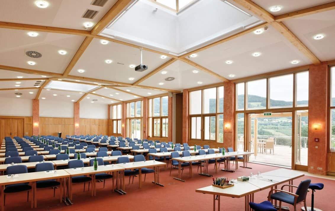 Seminarraum_Jelinek_und_Frischmuth-1132x715