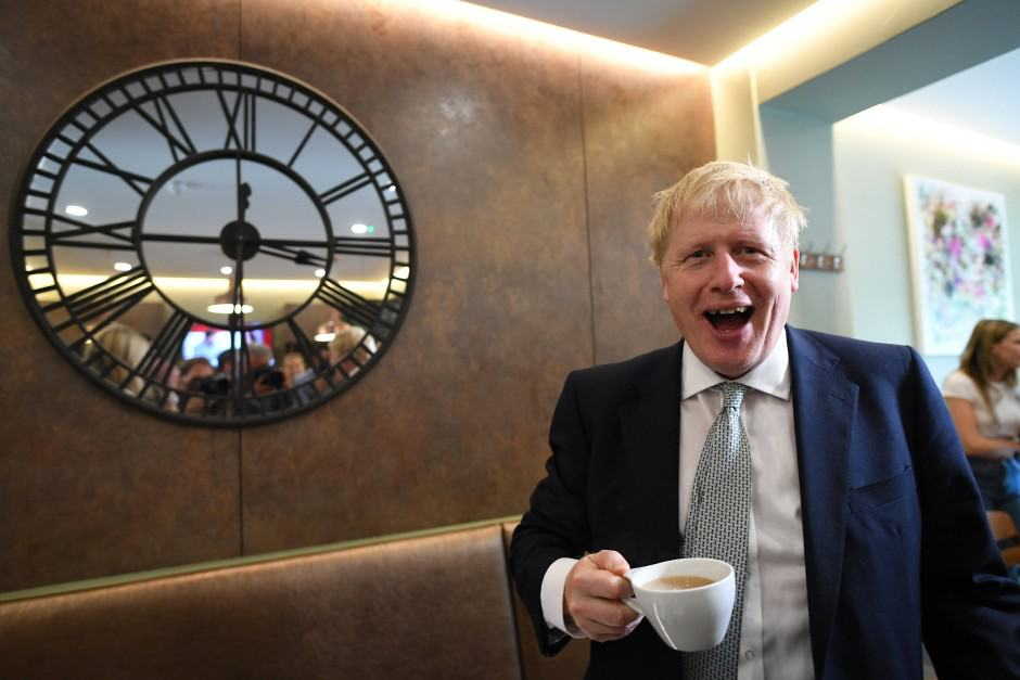 boris-johnson-cafe-kaffee