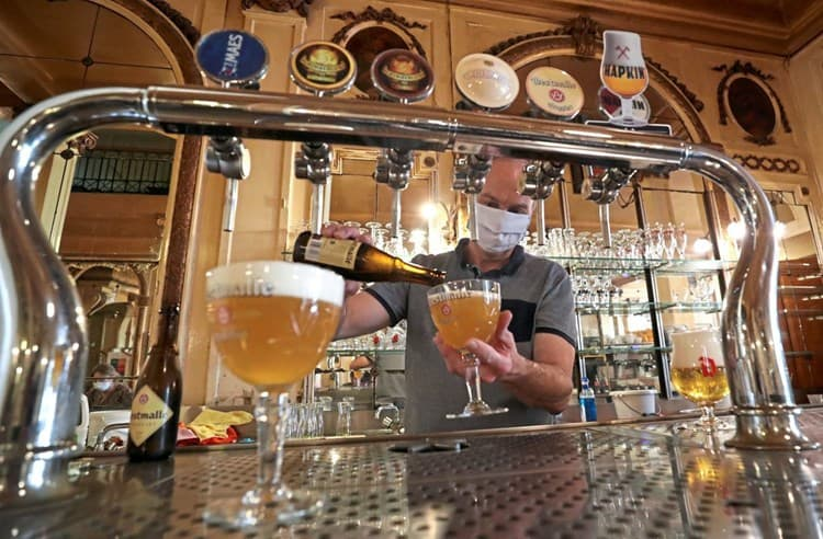 belgien-bar-theke-bier-craft-beer-corona