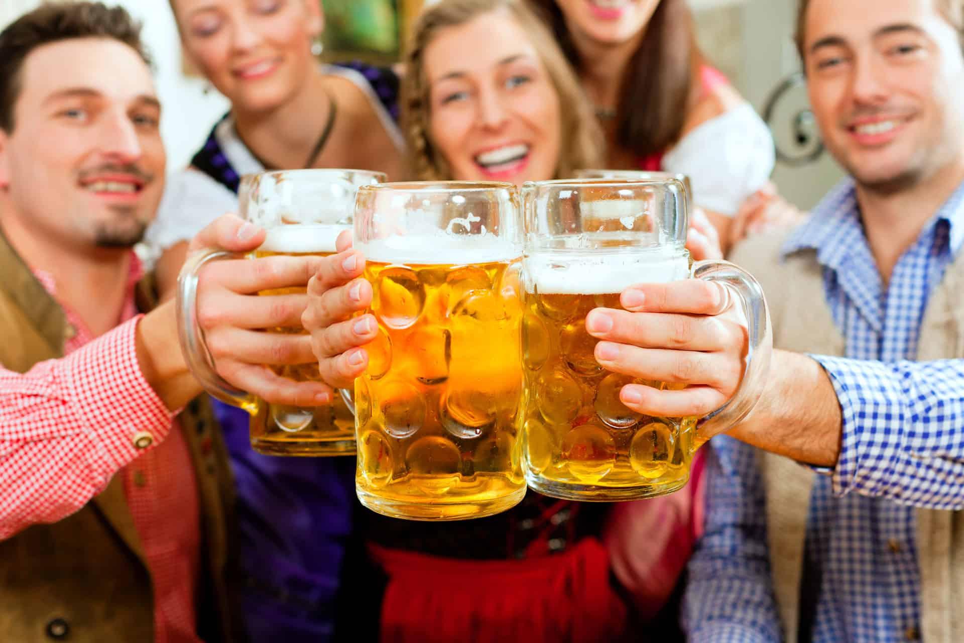 bier-bayern-tracht