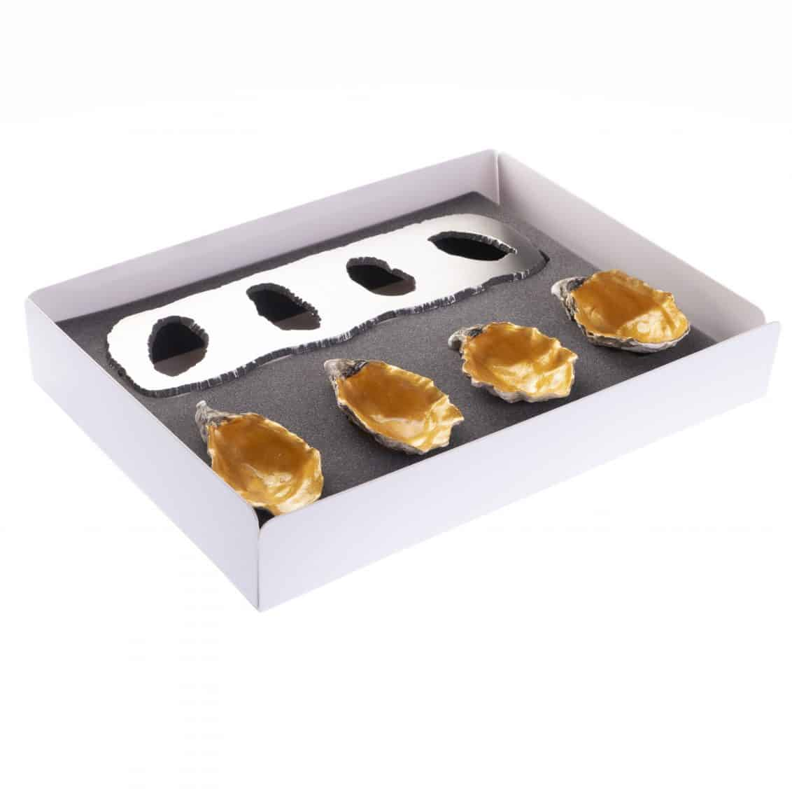CD-Store-gold-lacquered-oyster-shell-and-support-1132x1127