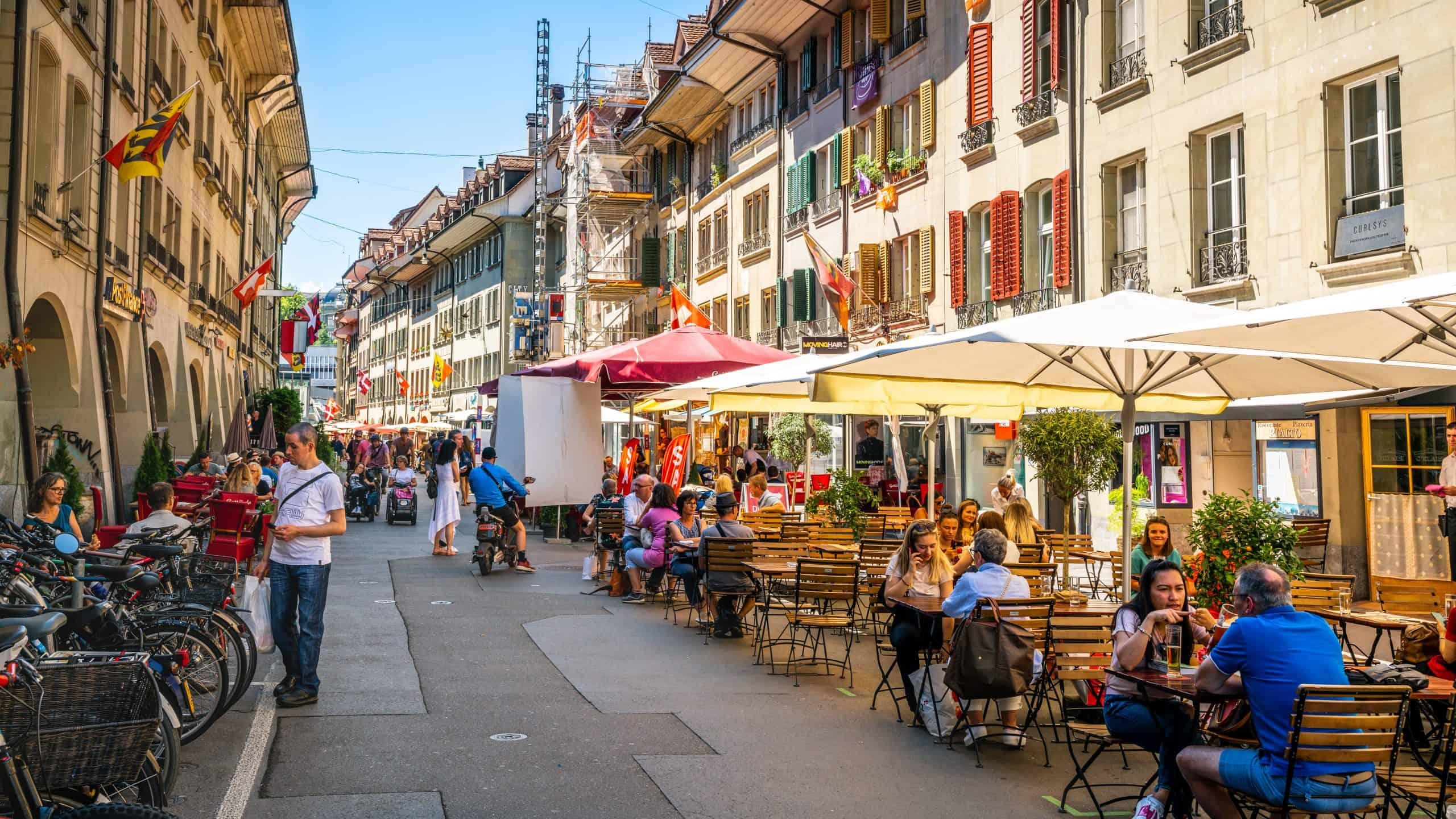 Bern-Straße-Restaurant-scaled