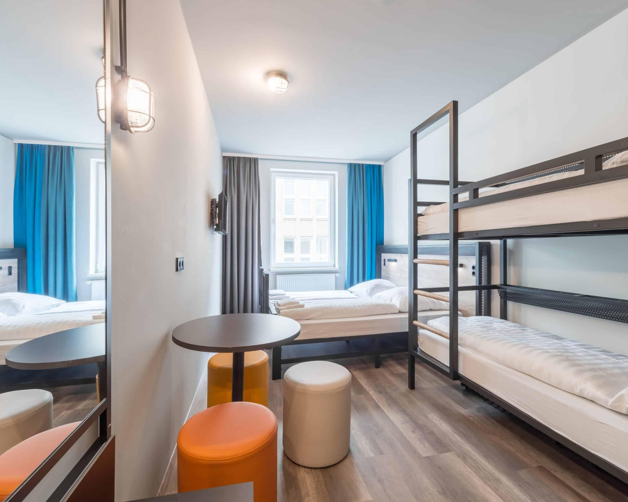 Zimmer in a&o Hostel