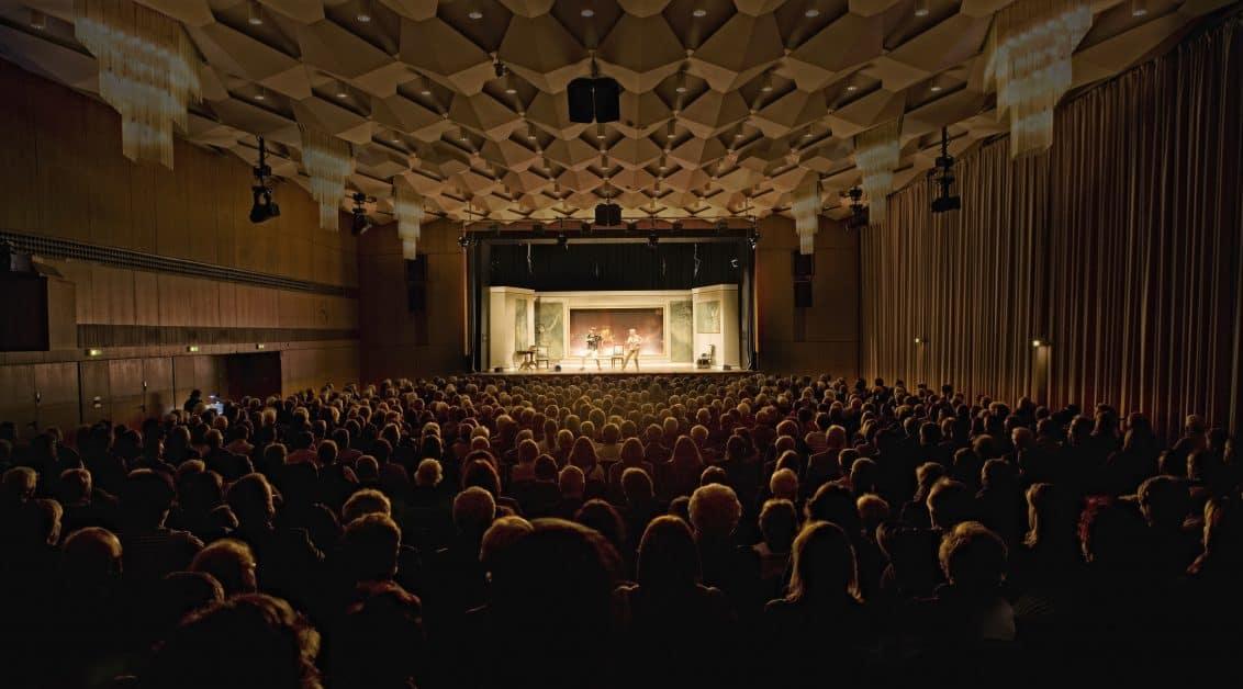 Stadthalle_Theater-1132x628