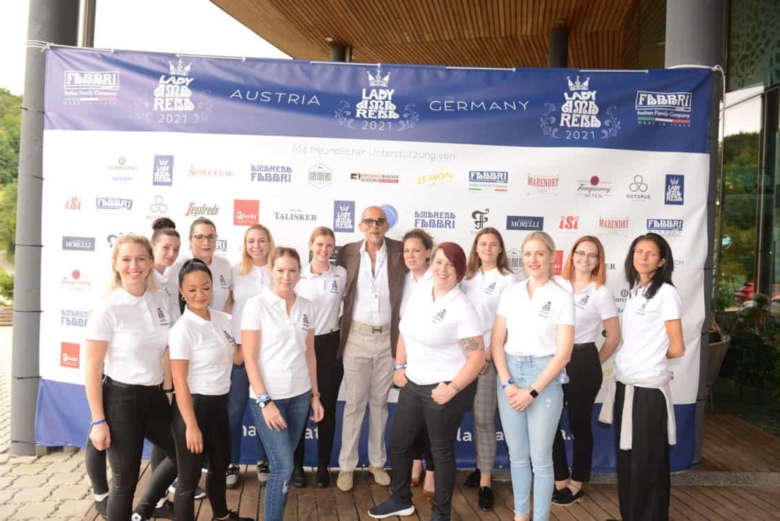 Alle-Teilnehmerinnen-mit-Nicola-Fabbri-1132x756